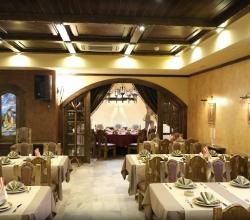 Банкетный зал «Портос» ресторан Революции 1905 года, 80В Воронеж